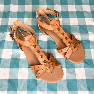 Coconuts by Matisse Brown Gladiator Sandals 7.5